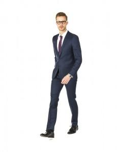 quelle couleur de cravate avec son costume homme. Black Bedroom Furniture Sets. Home Design Ideas