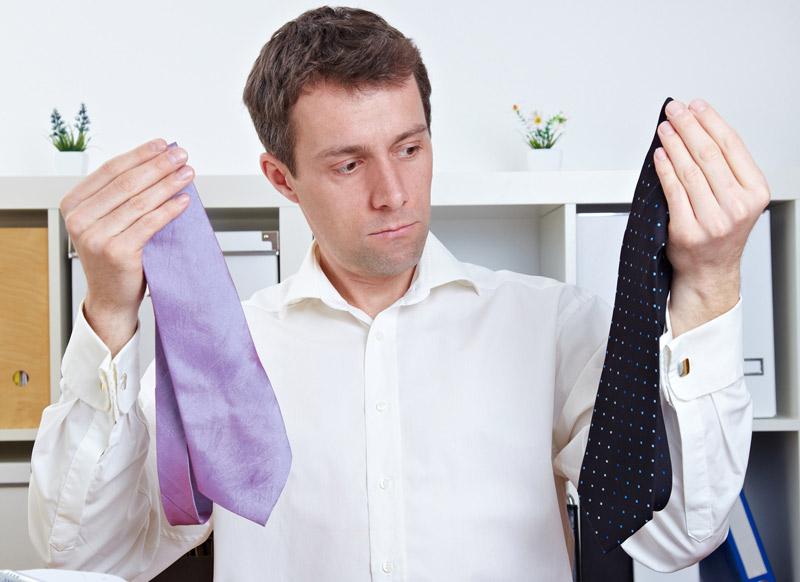 Chemise et cravate : des liens resserrés parfois non réciproques