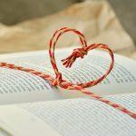 Romance en littérature : le portrait sentimental d'une époque